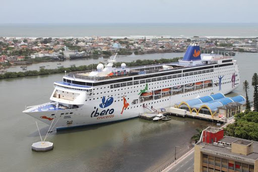 Píer para Navio de Passageiros
